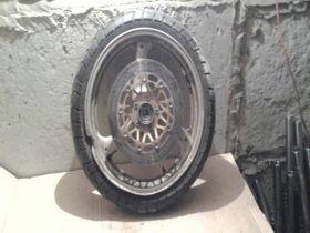 колесо переднее, один тормозной диск (без выработки), шина Kings Tire, 110/70-17  Suzuki  GSF400 Bandit